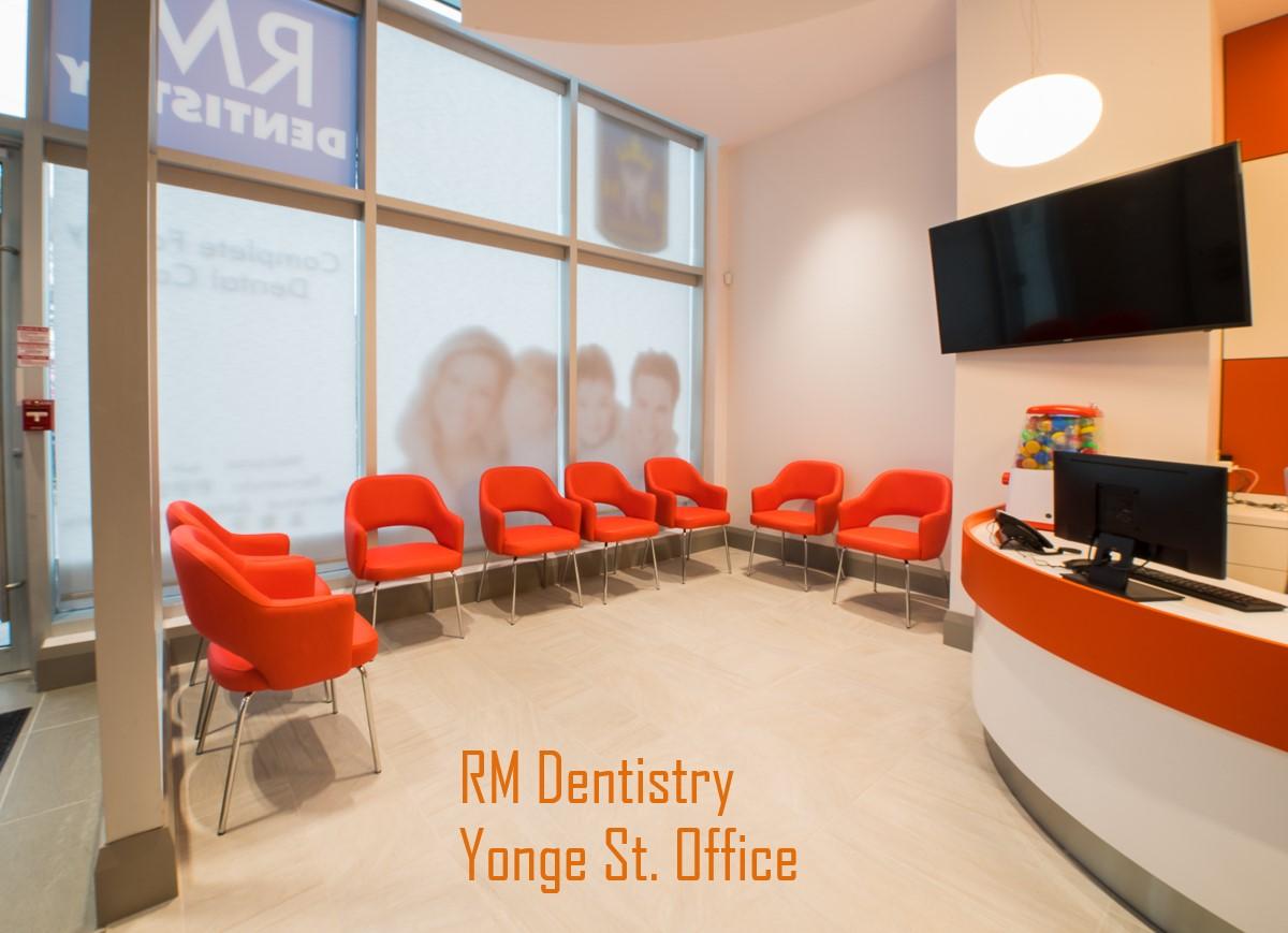 Yonge-St.-front-desk-area3